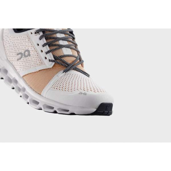 Pantofi alergare Dama On Cloudstratus White Almond